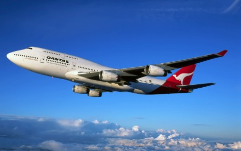 Boeing 747-400 in Flight