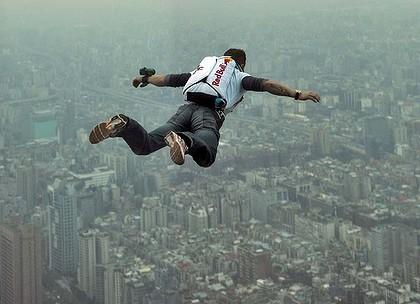 sky diving bldgs