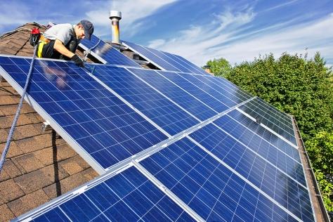 Solar_Panel_Installation_