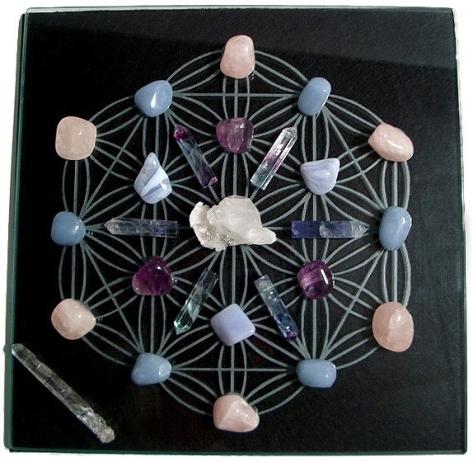 a_SacredGeometryCrystalGridCloseUpBlack